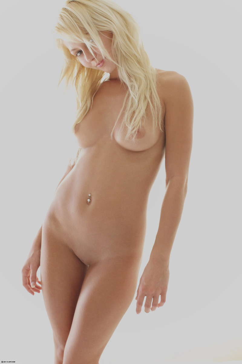 Anneli pinky june amp tracy the blondes girlsnextdoorclubc 8