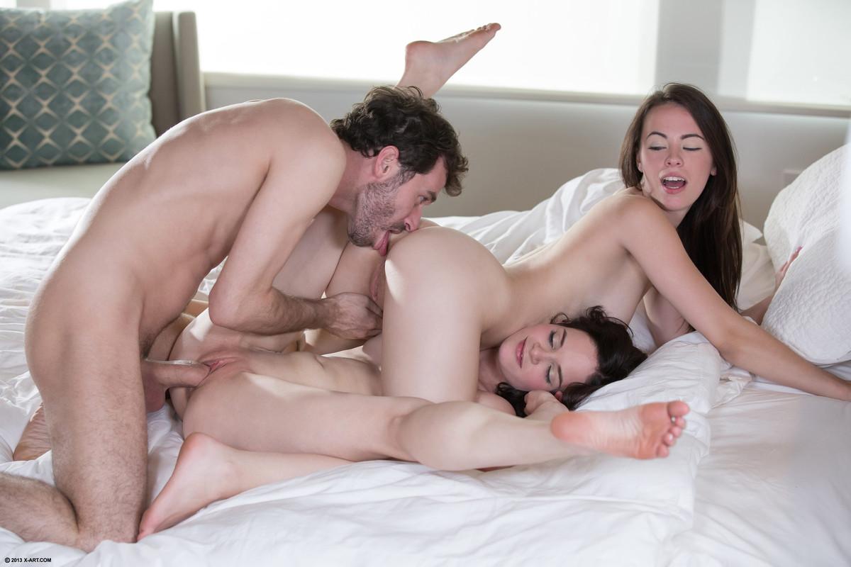 Секс х арт исцест фото 659-132