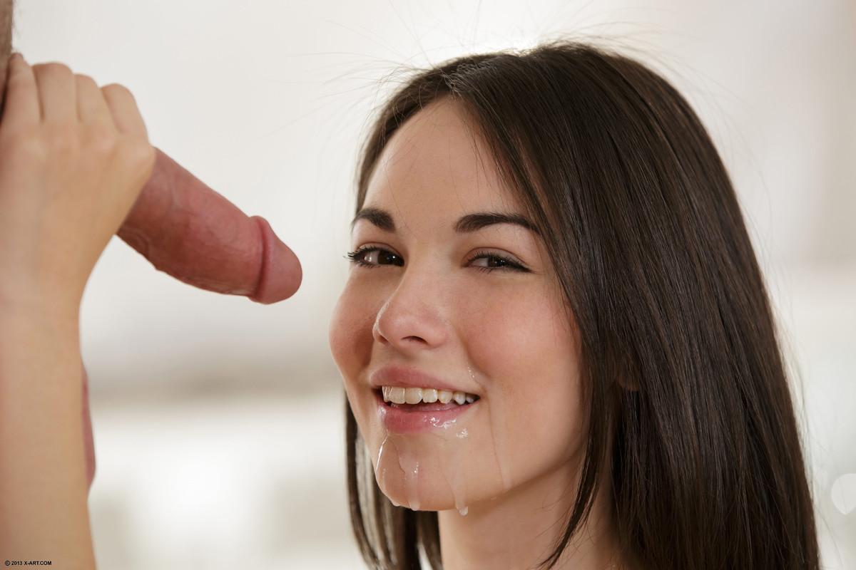 Unilateral facial swelling menstrual