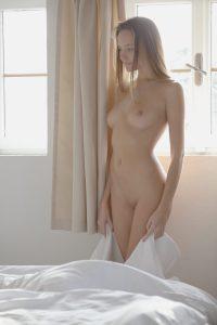 x-art_susie_clover_warm_inside-3-sml