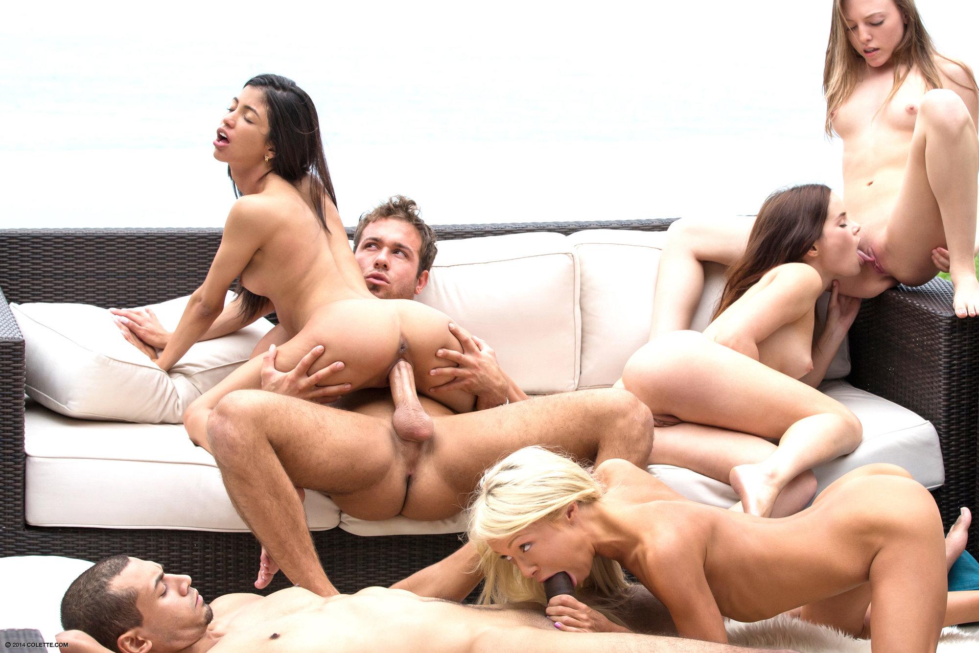 один мужик и три русские девушки порно